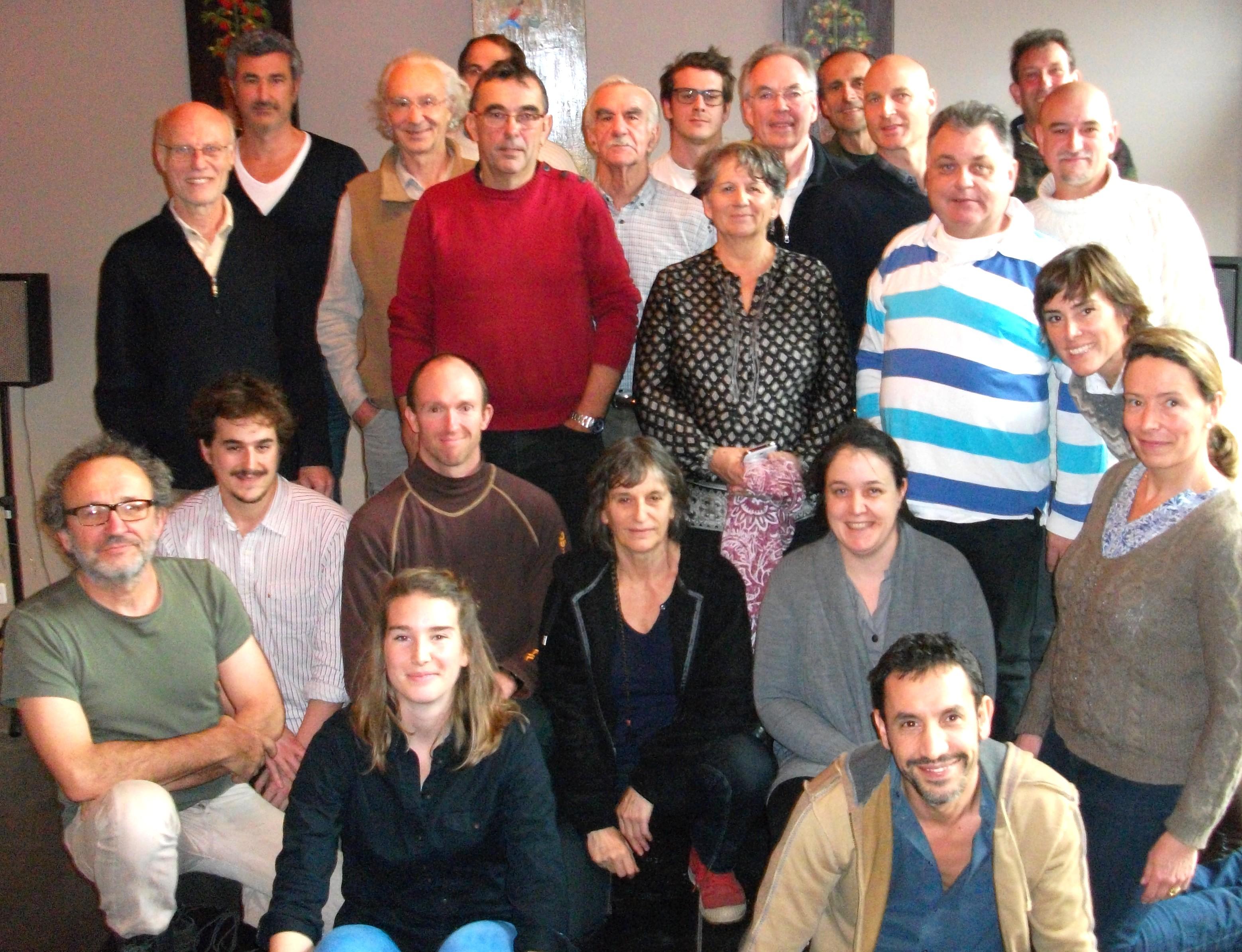 Les membres fondateurs de la FEDCAN lors de la réunion le 16 décembre 2015.